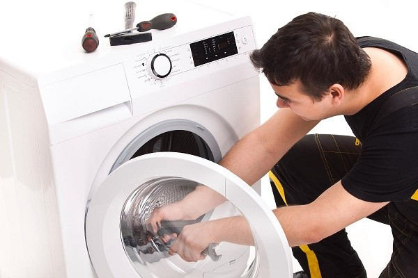 Cách sửa chữa máy giặt khi máy giặt xả nước liên tục