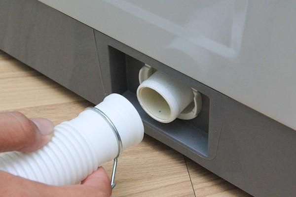 sửa chữa máy giặt không vắt được nước