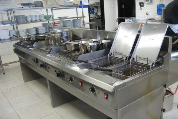 Sửa bếp công nghiệp đơn giản nhất