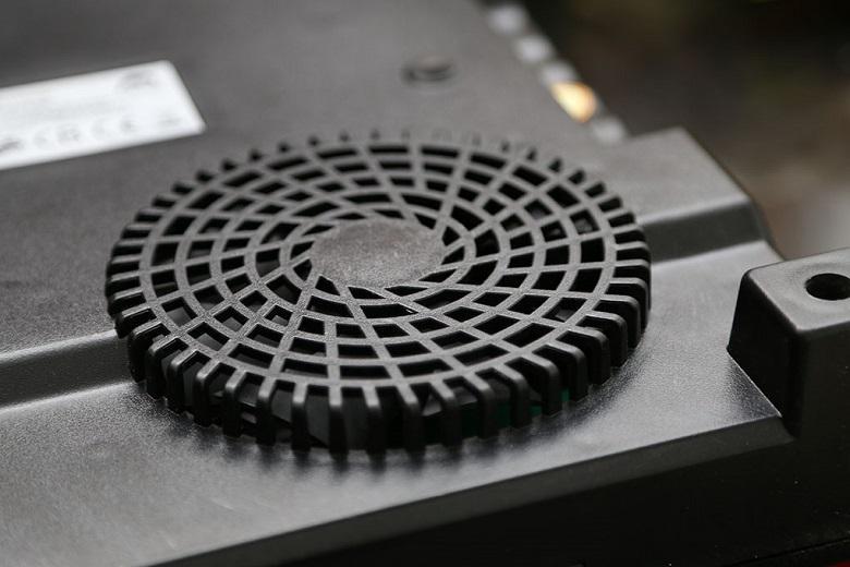 Cần sửa chữa hoặc thay thế quạt tản nhiệt khi có dấu hiệu hư hỏng