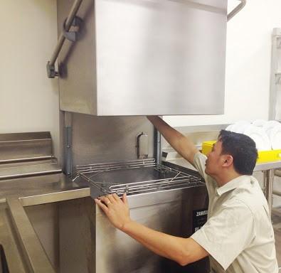 sửa máy rửa bát công nghiệp tại nhà