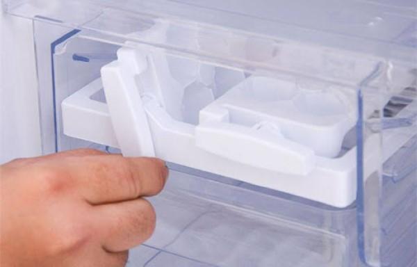 Tủ lạnh Sharp không làm được đá, không lạnh
