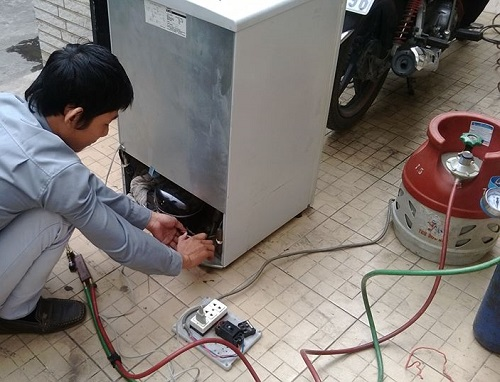 tủ lạnh electrolux bị thiếu gas