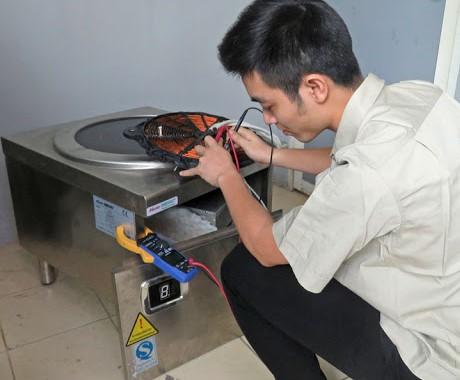 Sửa chữa bếp từ , bếp từ công nghiệp tại KCN Yên Phong I, Bắc Ninh.